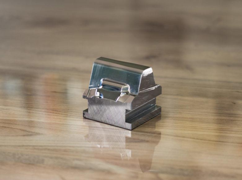 金型加工(2)- 1